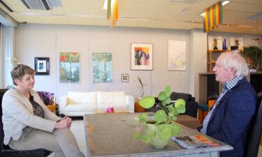 Ideeënbank op bezoek bij de huiskamer in de Oranjewijk
