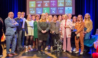 deelnemers Jongerendialoog met prinses Laurentien